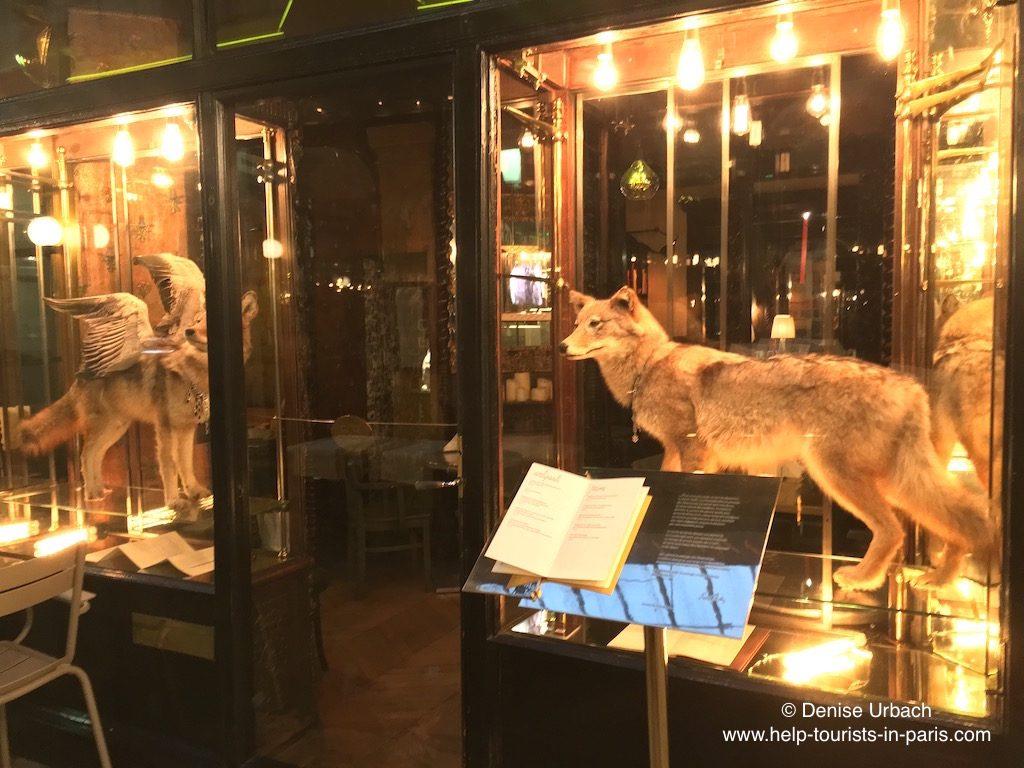 5 Ausgefallene Restaurants In Paris Skurril Essen In Paris Touristen In Paris