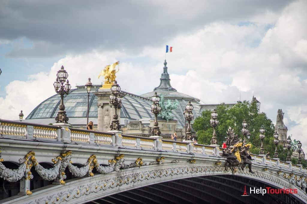PARIS_Pont-Alexandre-lll_Grand-Palais_l